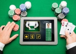 Key points to increase winning odds when playing 3-Card Poker
